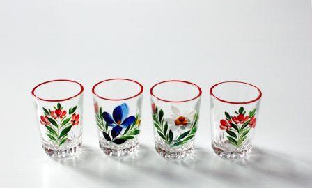 Quatre petits verres